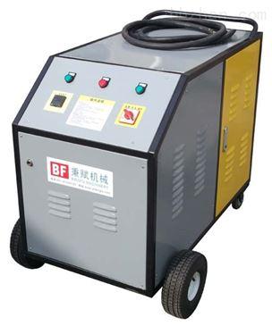 HCF系列热水高压清洗机,移动式-三相-电加热型 ,利用高温高压水溶解冲洗顽固油污,它能将污垢剥离,冲走,达到清洗物体表面的目的。因为是使用高压水柱清理污垢,所以高压清洗也是世界公认最科学、经济、环保的清洁方式之一。可分为冷水高压清洗机、热水高压清洗机、蒸汽高压清洗机,电机驱动高压清洗机、汽油机驱动,柴油机驱动高压清洗机等。