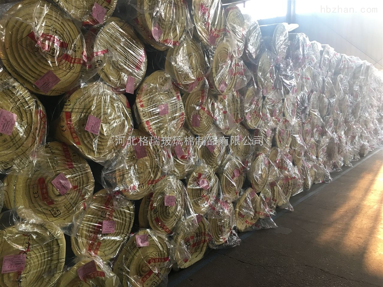 怀远县通辽市鸡舍,牛棚屋顶用玻璃棉卷毡,规格齐全,欢迎选购格瑞