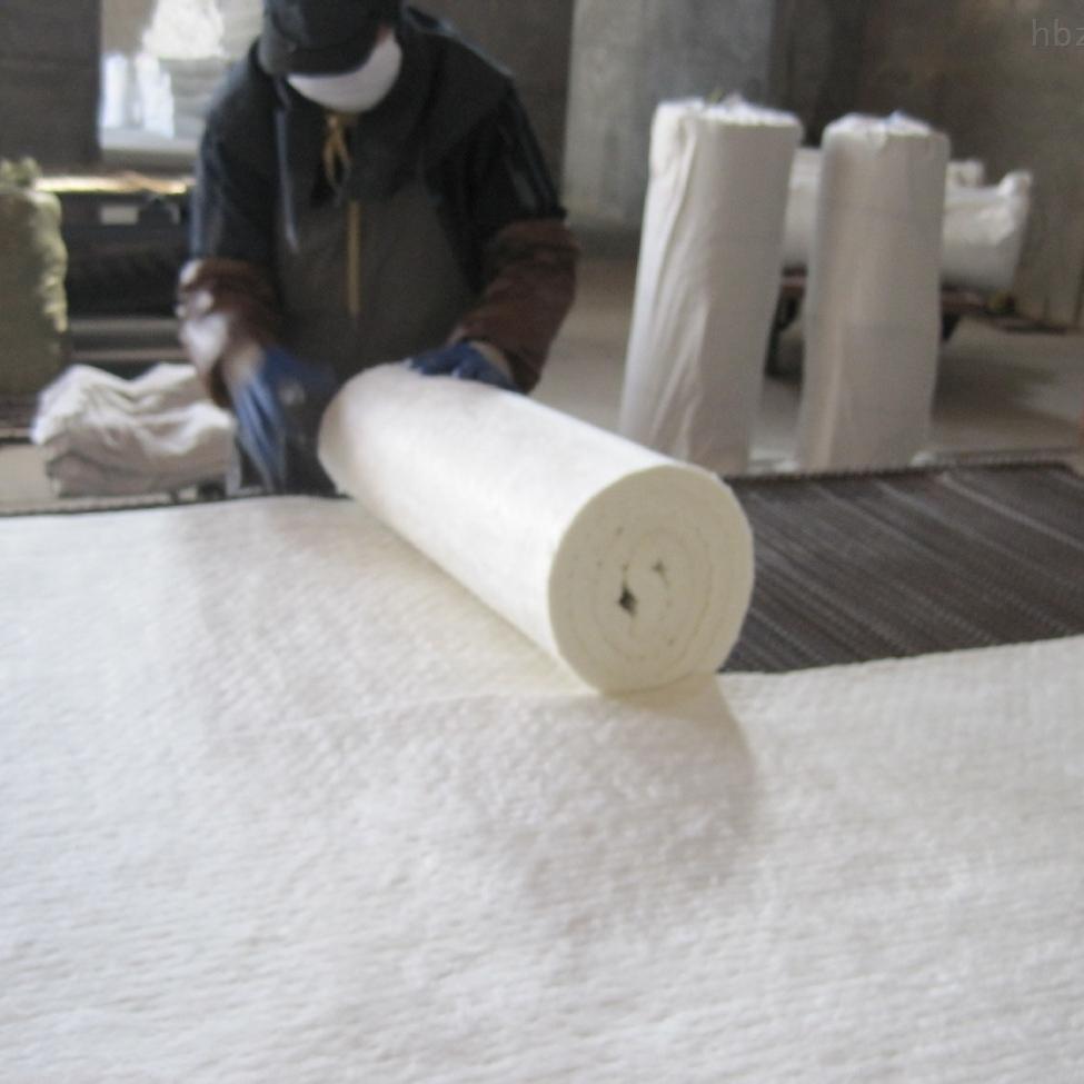 定制各种规格硅酸铝耐火纤维毯