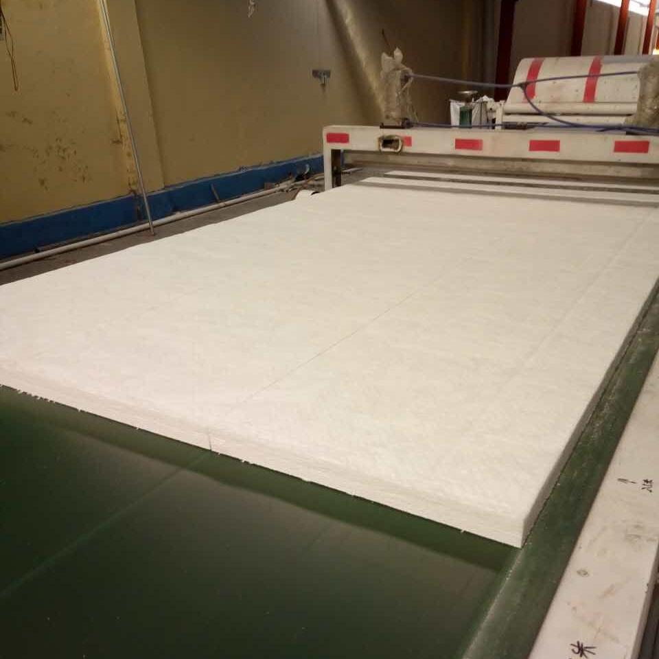 标准保温隔热硅酸铝针刺毯