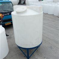 武汉500L絮凝剂加药桶搅拌罐带搅拌机