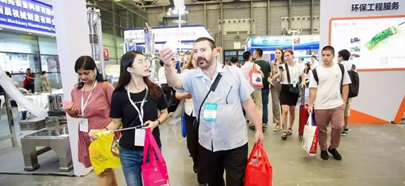 国内外名企进驻 买家媒体加码 国际化工环保展8月26上海开幕