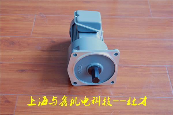 三相马达:采标准全密闭型专用铝壳马达配ip-55铝制接线盒,具较佳防水