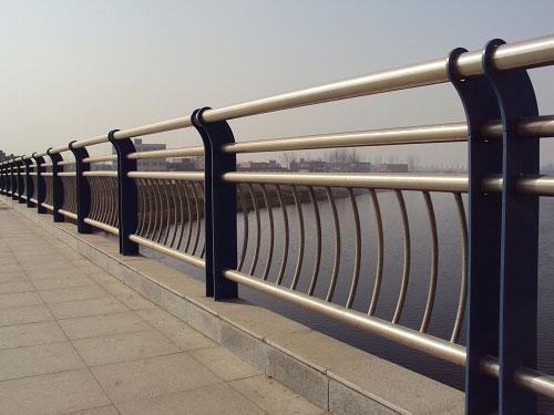山东不锈钢复合管护栏