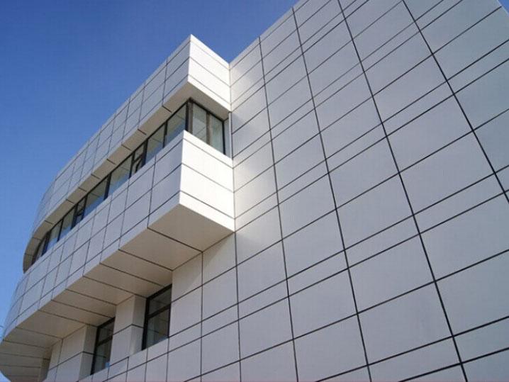安徽氟碳铝单板可加工成平面,弧型和球面等各种复杂几何形状.