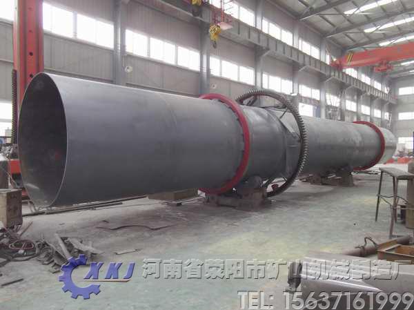 筒体需要2-4档的滚动轴承来支撑,并设有液压挡轮来控制筒体的轴向窜动图片